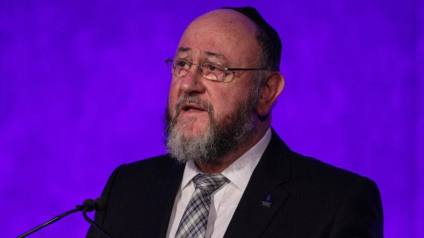 Chief-Rabbi-attacks-Corbyn